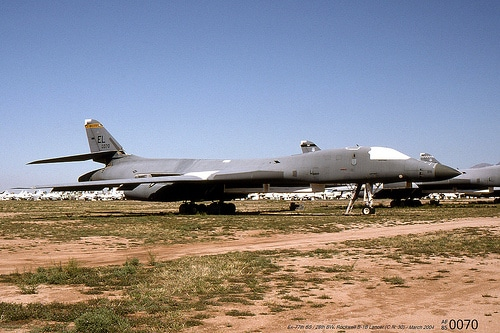 Fear of Landing – B-1B with its Nose to the Ground