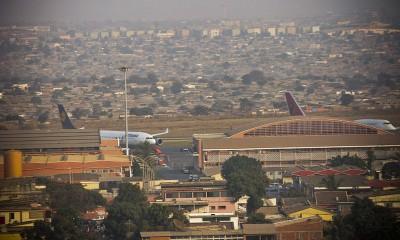 Luanda Airport 4 de Febereiro by Manuel Dohmen