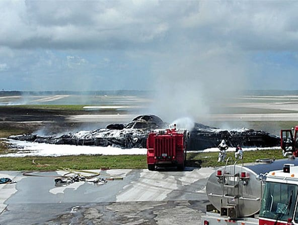 2008 Andersen Air Force Base B-2 accident
