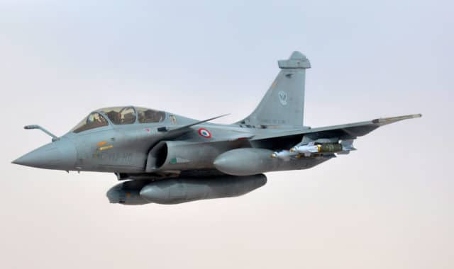 Fear of Landing – Amazing Display of the Dassault Rafale
